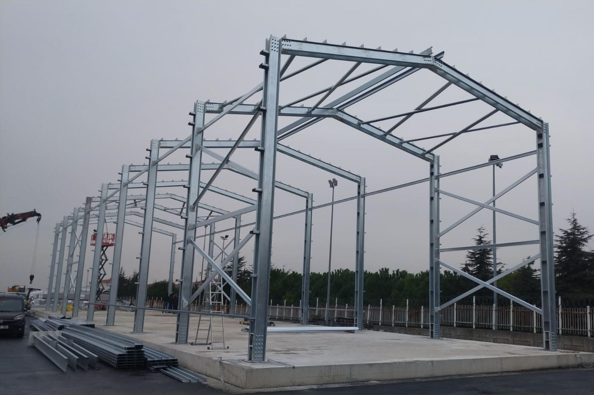Aterko, prefabrik, konteyner, hafif çelik ve yapısal çelik ürünleri ile işin eksiksiz, sorunsuz ve tam zamanında teslim edilmesine odaklanır.